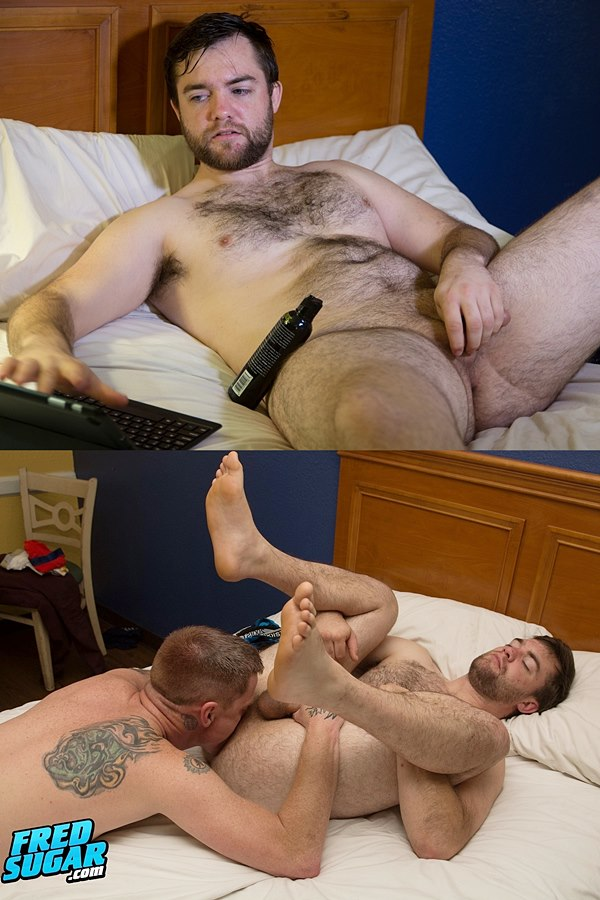 Fredsugar - Tattooed master Deep Tilmil massages fuzzy straight muscle bear Buddy Cedarwood's body, worships his bare feet and sucks his cock before Deep jerks Buddy off 01