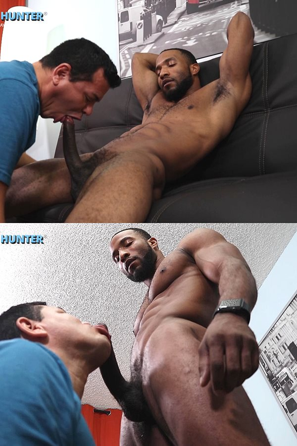 Beefcakehunter - Victor deep-throats hung fit straight dude Darryl's big cock before he jerks the cum out of Darryl's dick in Beefcake Darryl Likes It Nasty 01